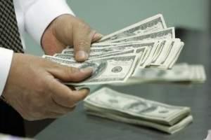 dólar-dinheiro